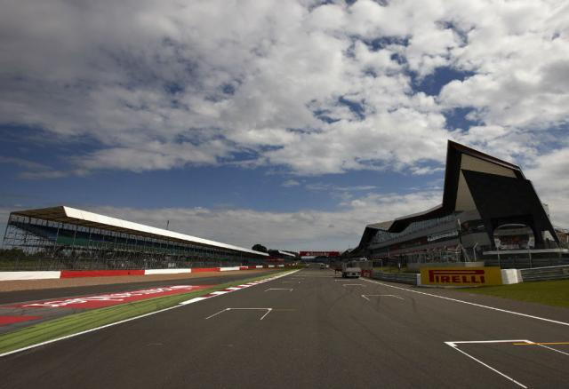 Silverstone's 'Wing Complex' and F1 start/finish straight
